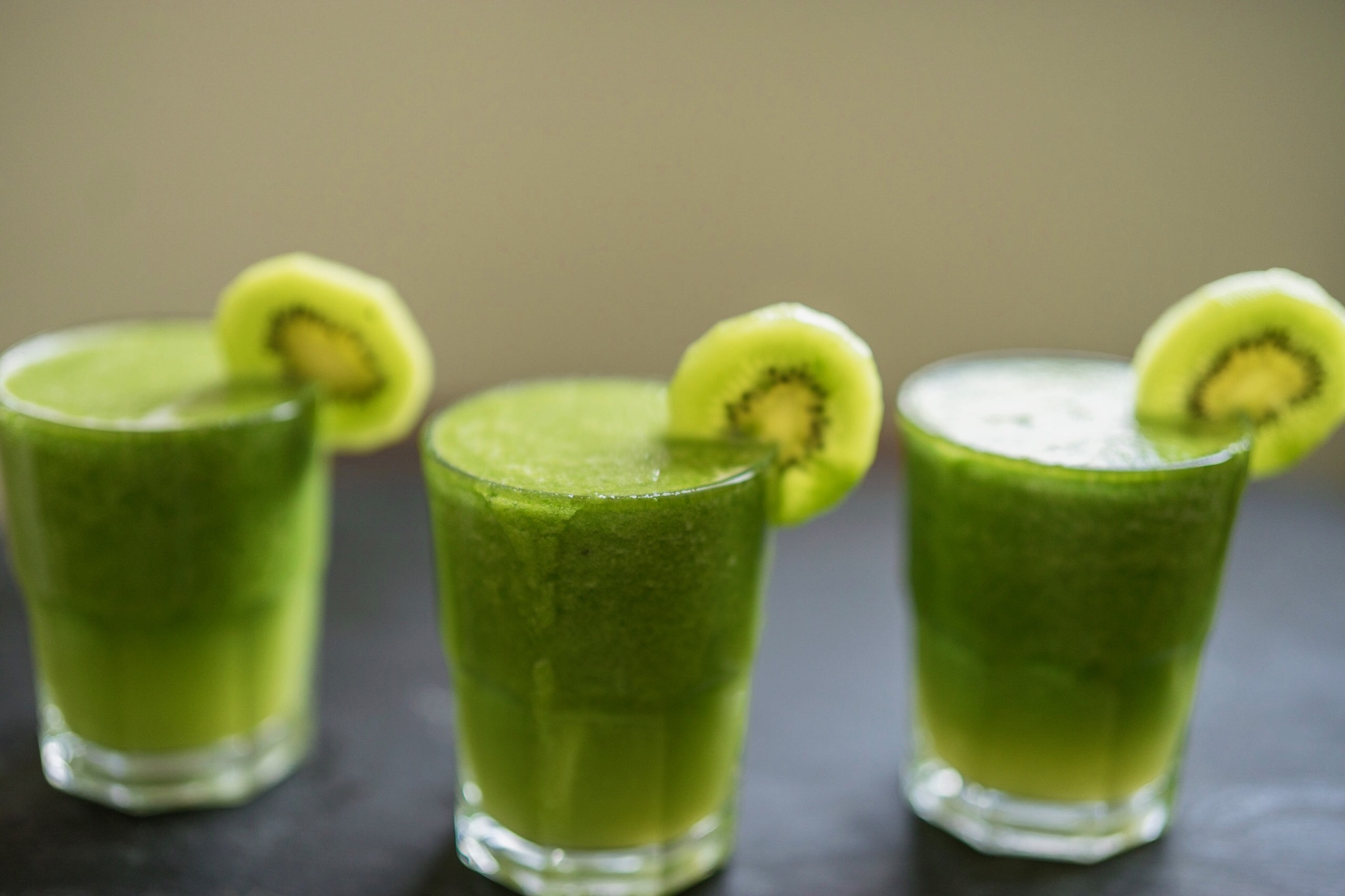 Kiwi Apple Green Juice